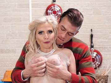Christie Stevens: How To Bake A Creampie