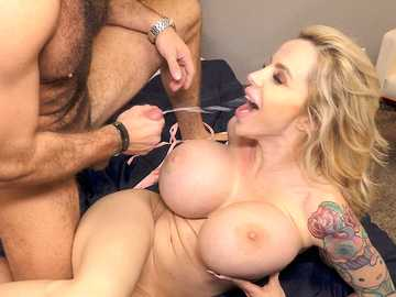 Danielle Derek in Seduced By A Cougar